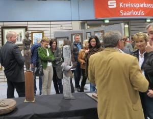 Schirmherrin Marion Jost im Gespräch mit Gästen